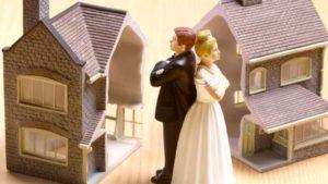Как делится имущество, долги и кредиты при разводе: подробности и примеры